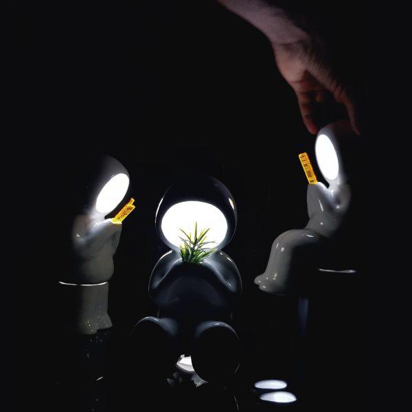 lampara hood parado pilas de ceramica marca tuio diseño mexicano decoracion nocturna