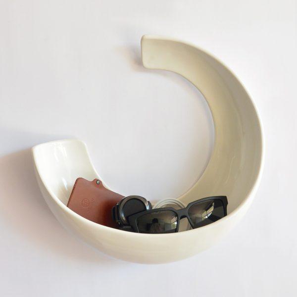 luna de ceramica marca tuio diseño mexicano llaves telefono cartera